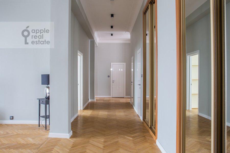 Corridor of the 5-room apartment at Spiridonovka 38