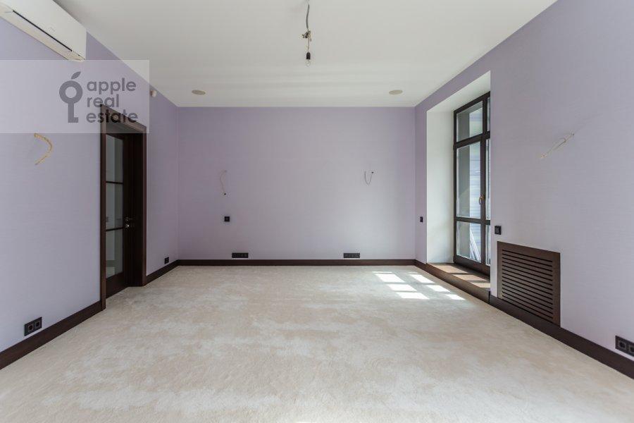 Bedroom of the 3-room apartment at 3-ya Tverskaya-Yamskaya ul. 25