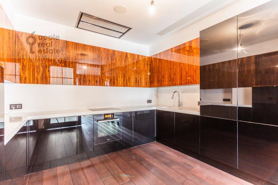 Kitchen of the 3-room apartment at 3-ya Tverskaya-Yamskaya ul. 25