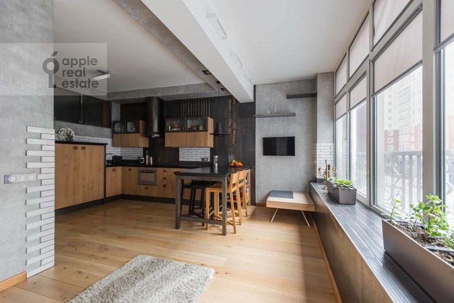 Living room of the 6-room apartment at Mytnaya ulitsa 7s1