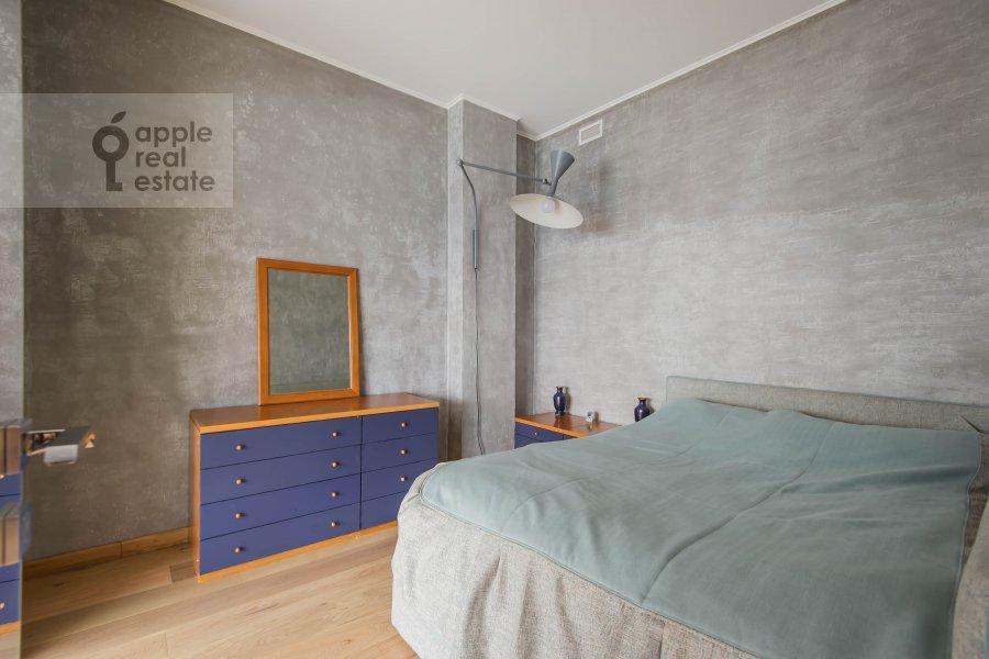 Bedroom of the 6-room apartment at Mytnaya ulitsa 7s1