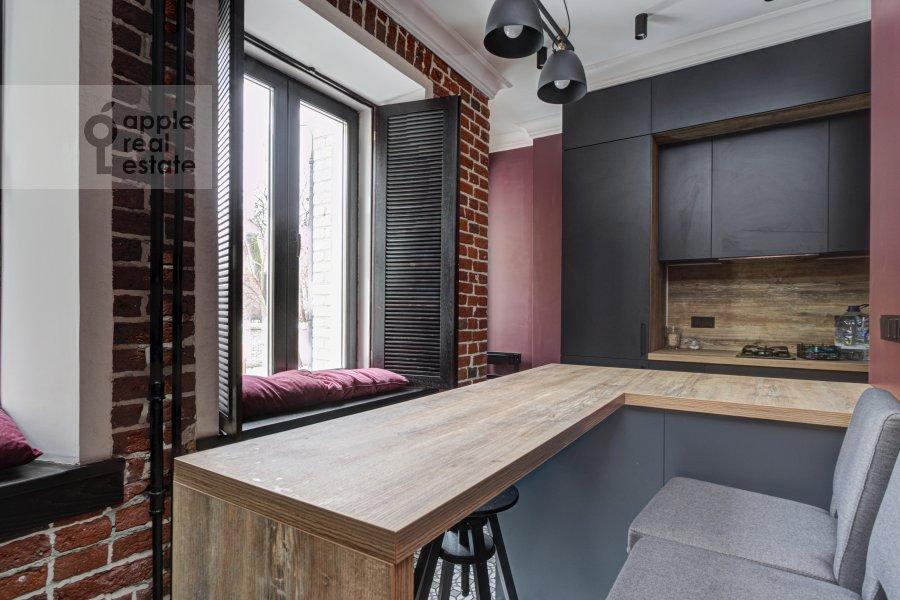 Kitchen of the 2-room apartment at Merzlyakovskiy pereulok 5/1