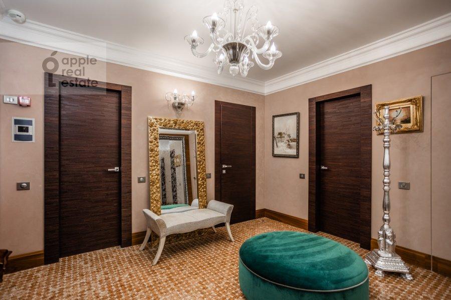 Коридор в 5-комнатной квартире по адресу Маршала Соколовского 5