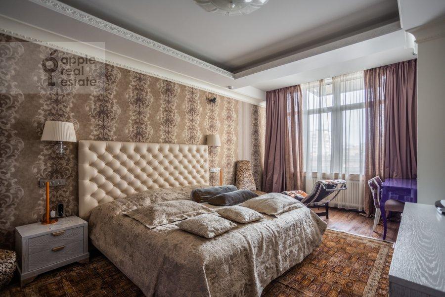 Спальня в 5-комнатной квартире по адресу Маршала Соколовского 5