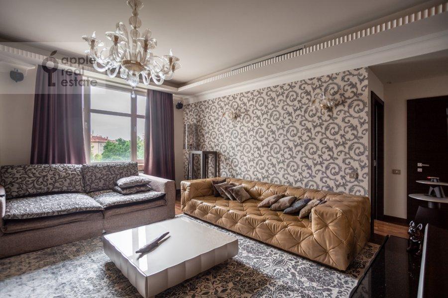 Гостиная в 5-комнатной квартире по адресу Маршала Соколовского 5