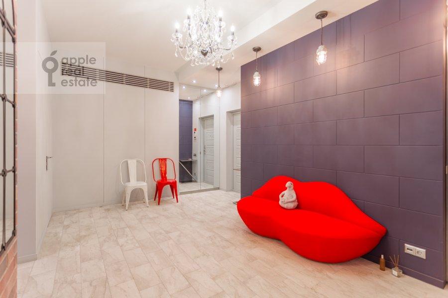 Коридор в 2-комнатной квартире по адресу Наставнический пер. 3