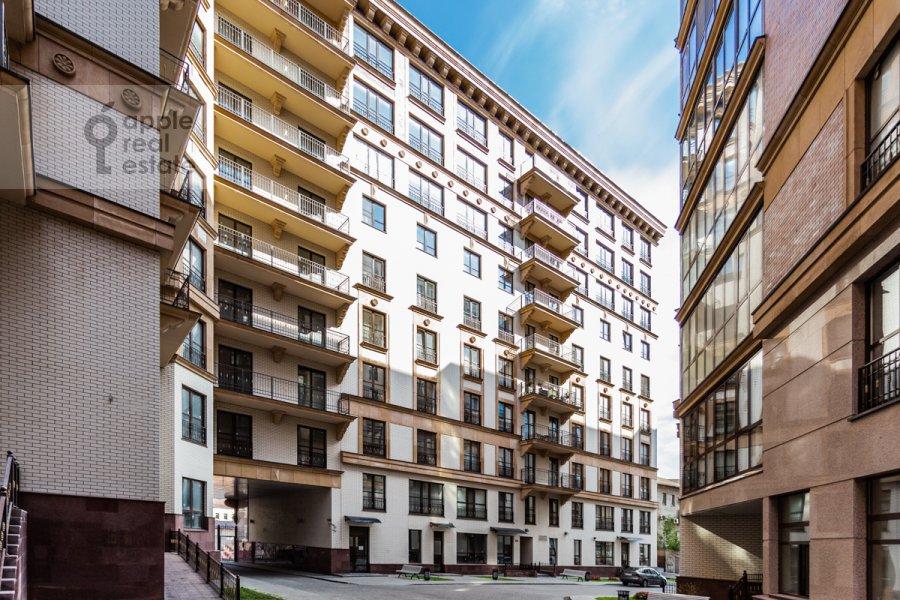 Фото дома 2-комнатной квартиры по адресу Наставнический пер. 3