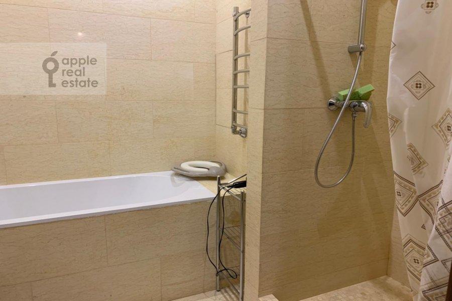 Bathroom of the 3-room apartment at Zarechnaya ul. 6s1