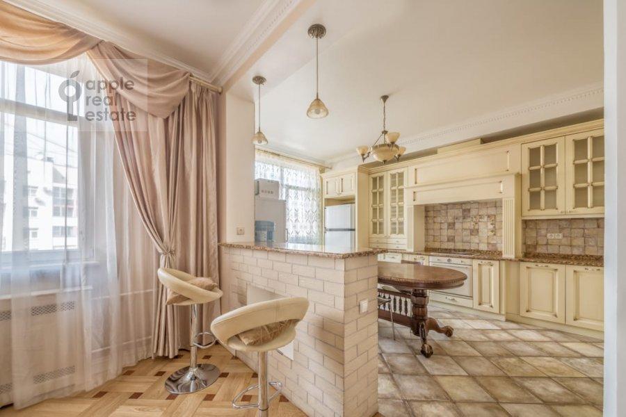 Kitchen of the 3-room apartment at Khodynskiy bul'var 11