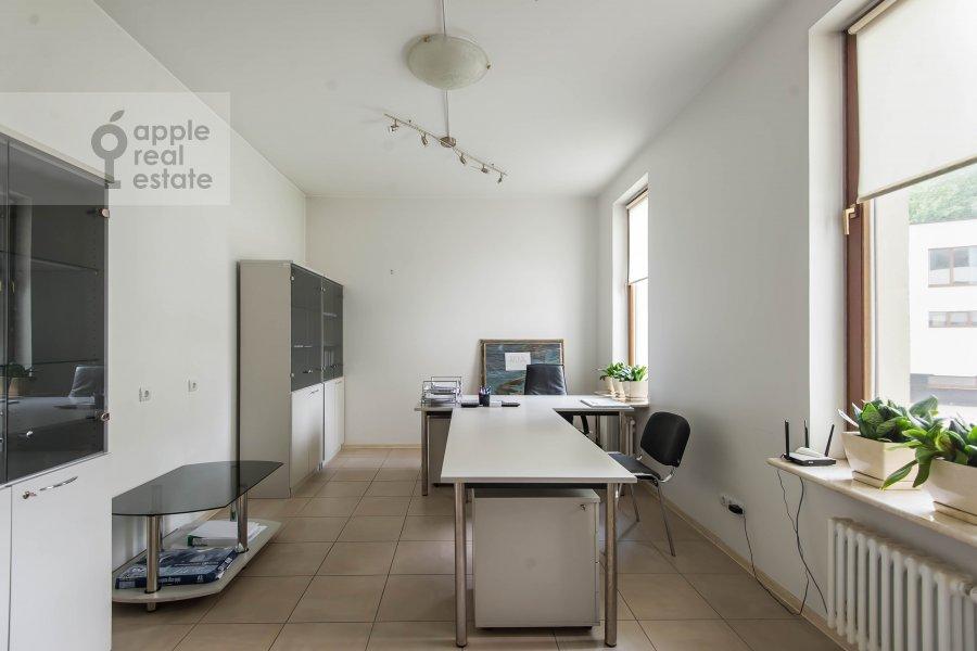 Children's room / Cabinet of the 2-room apartment at Arkhitektora Vlasova 6