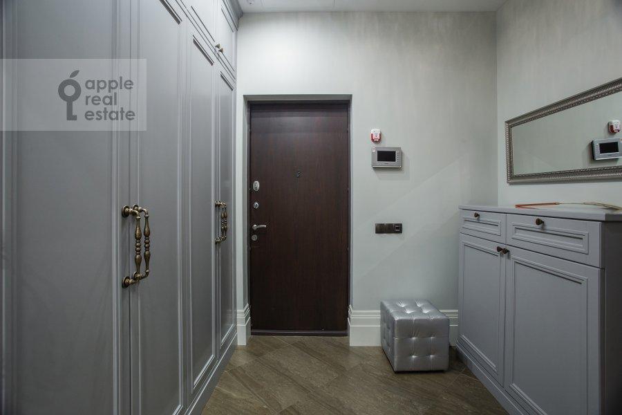 Коридор в 4-комнатной квартире по адресу Давыдковская улица 18