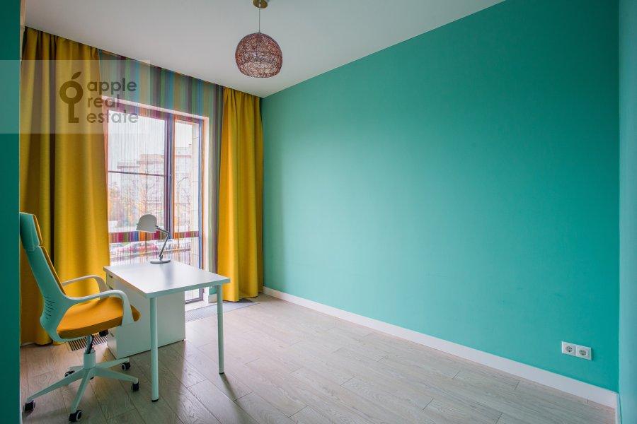 Детская комната / Кабинет в 3-комнатной квартире по адресу Каштановая ул. 6