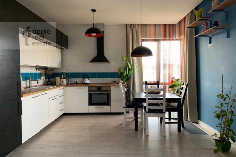 Kitchen of the 3-room apartment at Kashtanovaya ul. 6