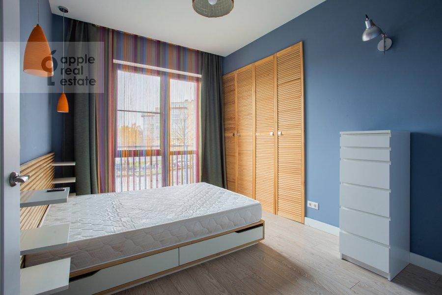 Спальня в 3-комнатной квартире по адресу Каштановая ул. 6