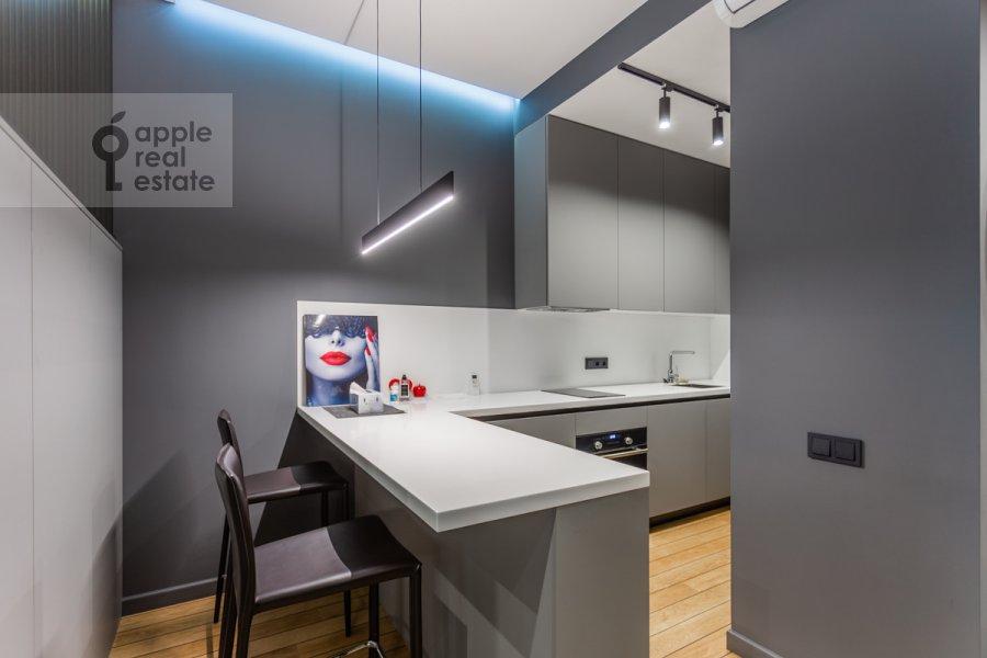 Кухня в 1-комнатной квартире по адресу Воробьевское шоссе 4с1