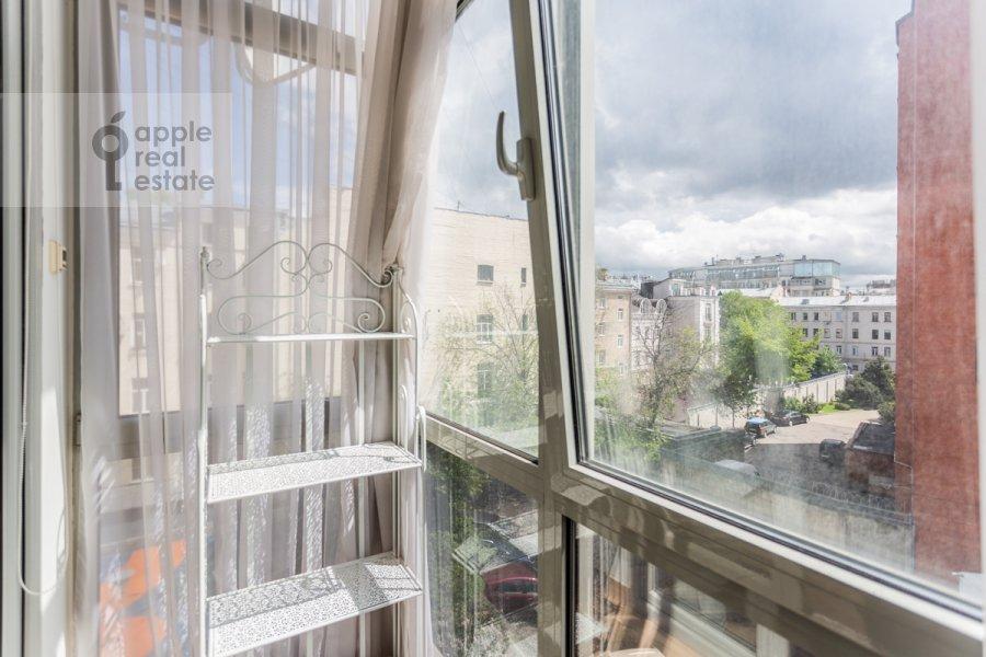 Balcony / Terrace / Loggia of the 4-room apartment at Bol'shoy Khariton'evskiy pereulok 14