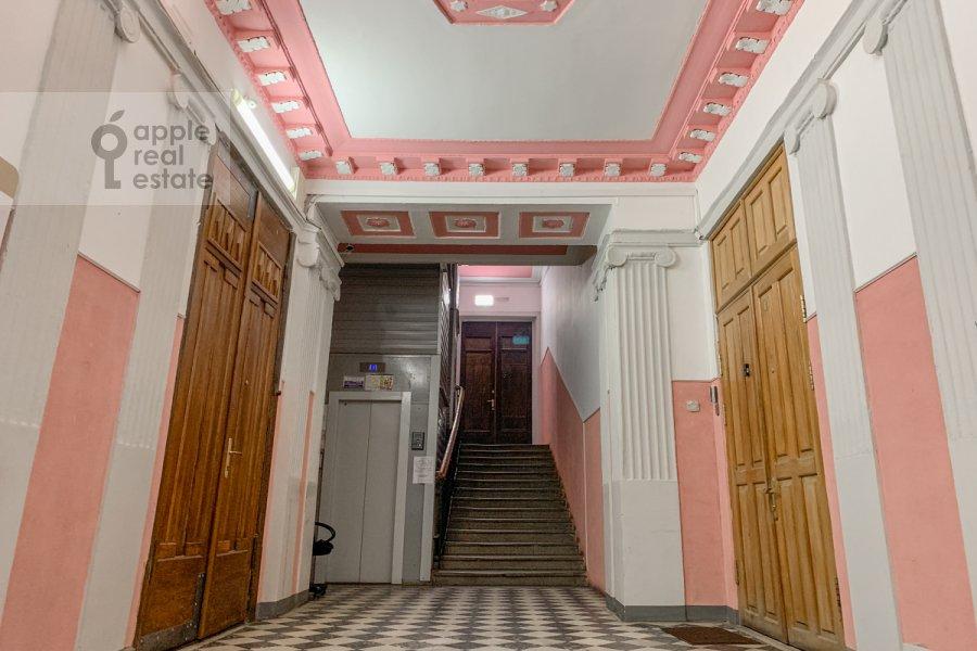 Photo of the house of the 4-room apartment at Bol'shoy Khariton'evskiy pereulok 14