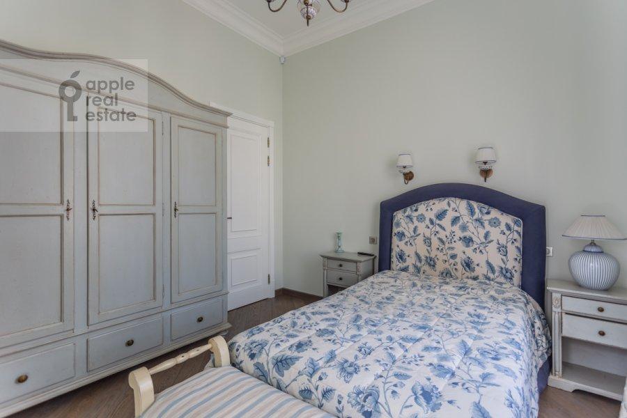 Bedroom of the 4-room apartment at Bol'shoy Khariton'evskiy pereulok 14