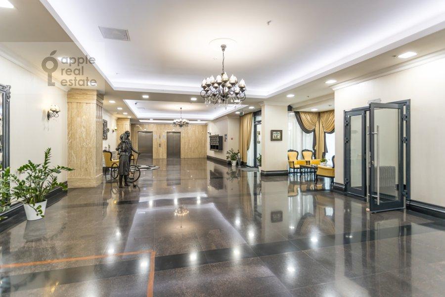 Фото дома 6-комнатной квартиры по адресу Малая Пироговская ул. 8