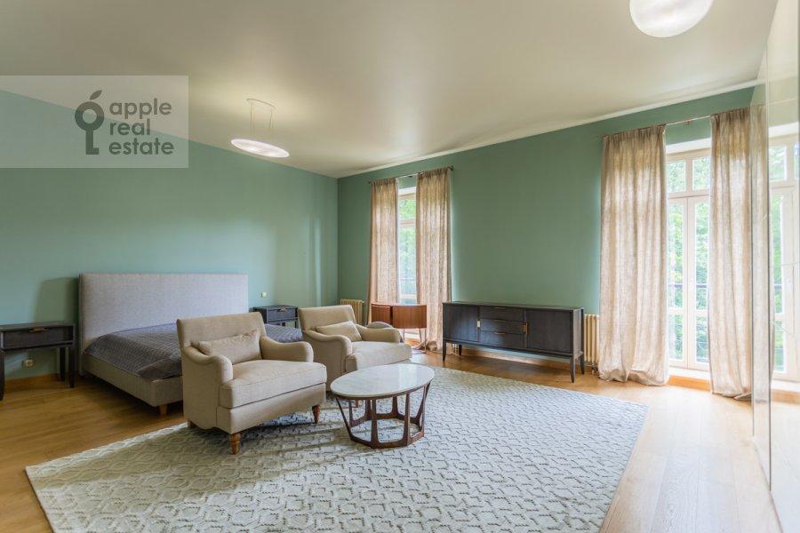 Спальня в 6-комнатной квартире по адресу Староволынская улица 15к6