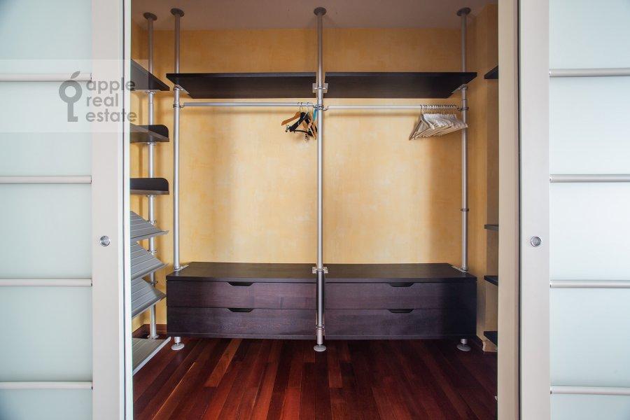 Walk-in closet / Laundry room / Storage room of the 4-room apartment at Krylatskie Kholmy 33k3