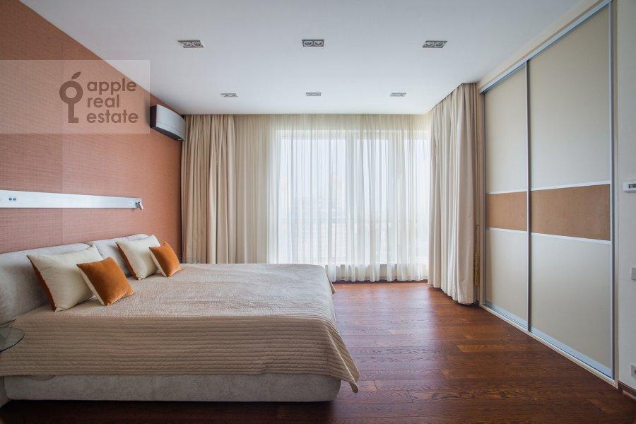 Спальня в 4-комнатной квартире по адресу Маршала Конева 14