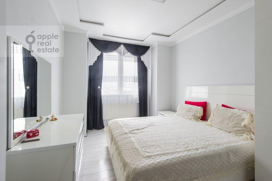 Спальня в 3-комнатной квартире по адресу бульвар Маршала Рокоссовского 6к1г