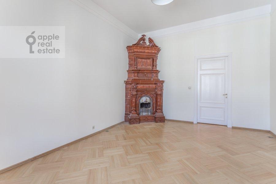 Спальня в 4-комнатной квартире по адресу Сретенский бульвар 6/1 стр.2