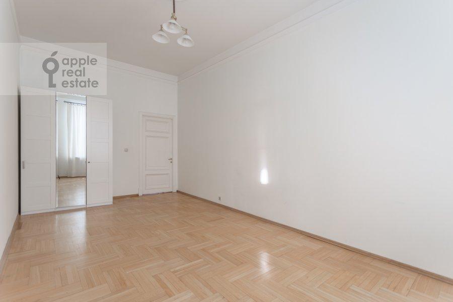 Детская комната / Кабинет в 4-комнатной квартире по адресу Сретенский бульвар 6/1 стр.2