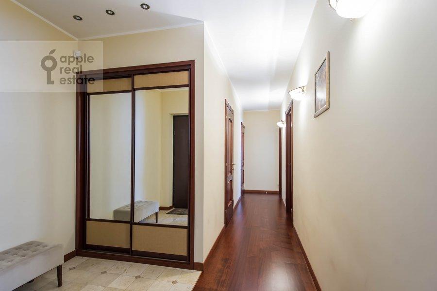 Corridor of the 2-room apartment at Leningradskiy prospekt 48