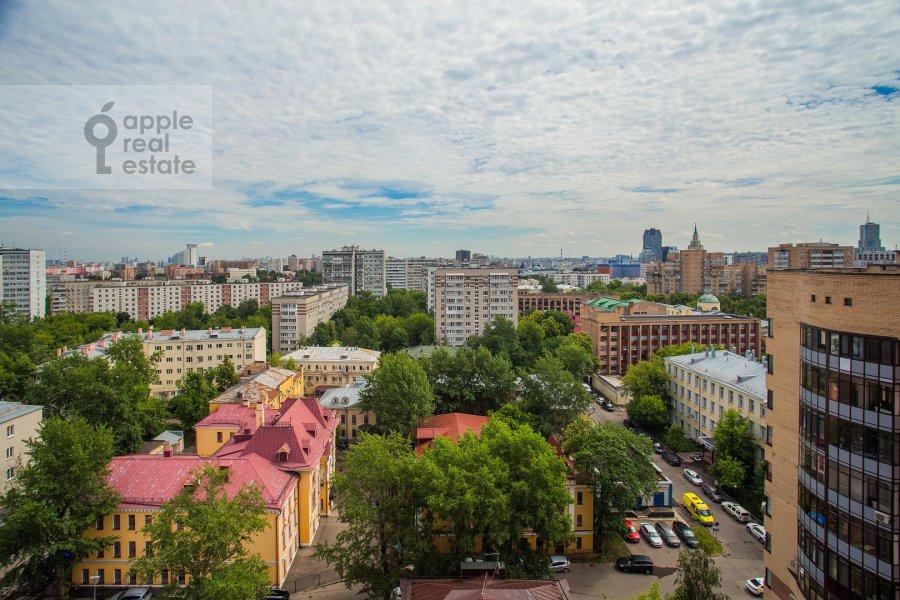 Вид из окна в 3-комнатной квартире по адресу Протопоповский пер., 17С3