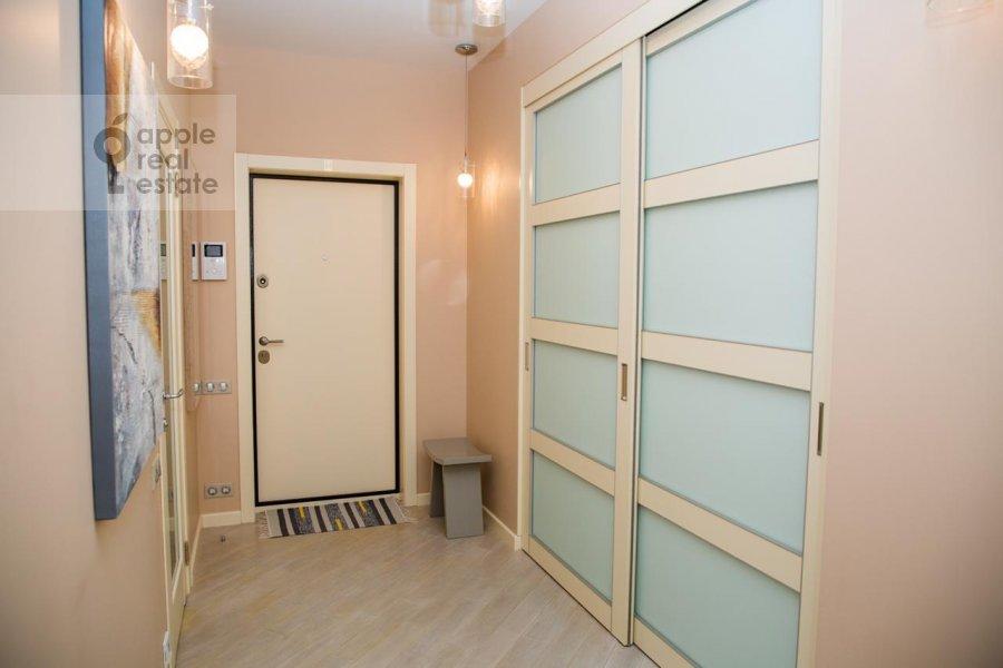 Коридор в 2-комнатной квартире по адресу Верхняя Красносельская улица 19с2