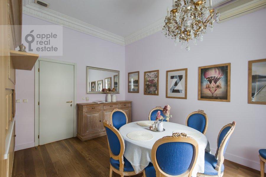 Kitchen of the 4-room apartment at Bol'shoy Afanas'evskiy pereulok 30