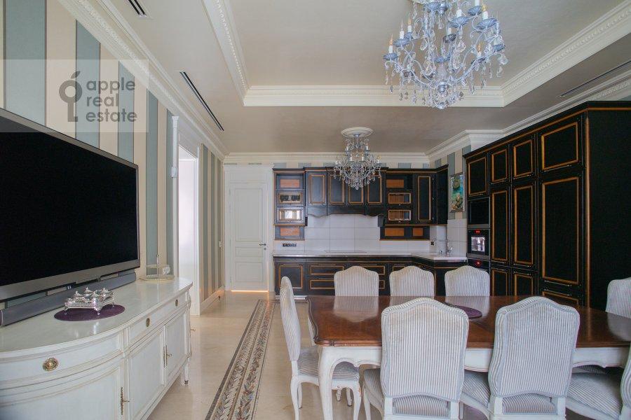 Kitchen of the 6-room apartment at Trubnaya ploshiad' 2