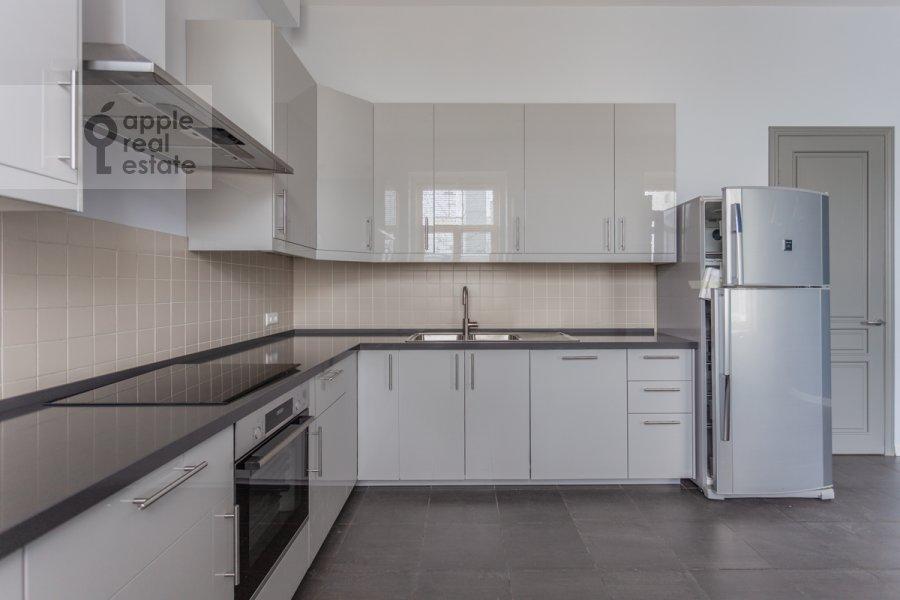 Kitchen of the 6-room apartment at Myasnitskaya ulitsa 15