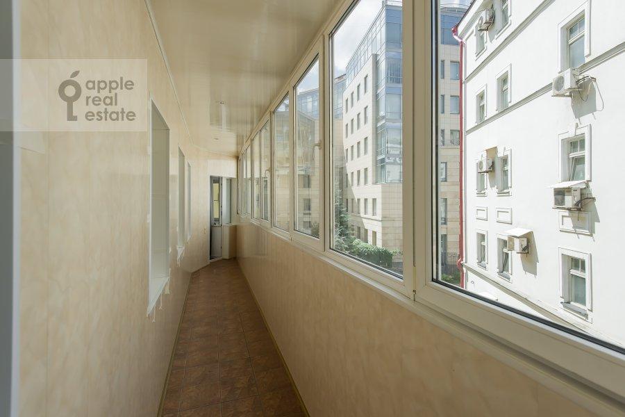 Balcony / Terrace / Loggia of the 4-room apartment at Ermolaevskiy pereulok 5s1