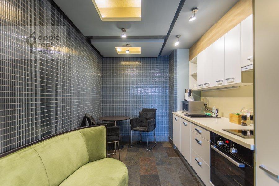 Kitchen of the 2-room apartment at Botanicheskiy pereulok 5