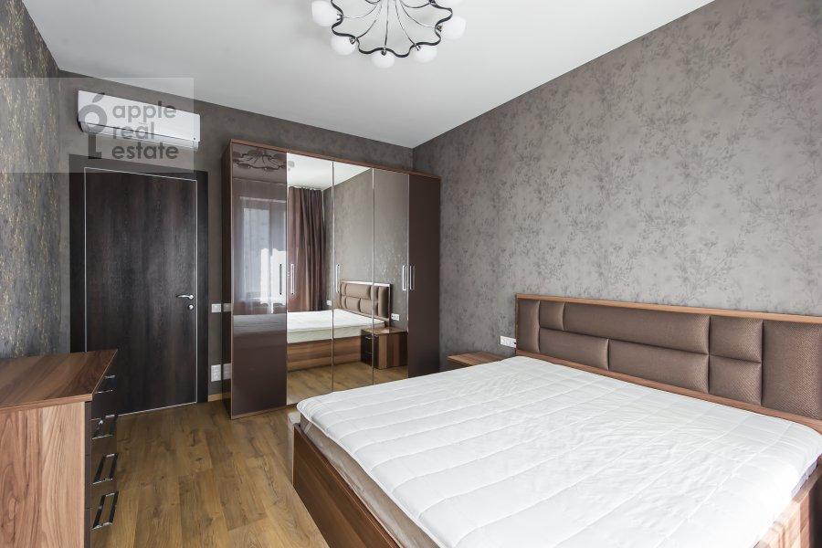 Bedroom of the 2-room apartment at El'dara Ryazanova 2