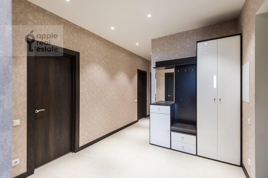 Corridor of the 2-room apartment at El'dara Ryazanova 2