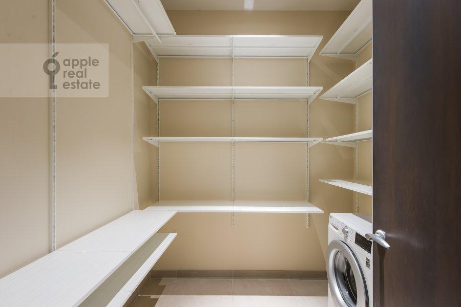Walk-in closet / Laundry room / Storage room of the 2-room apartment at El'dara Ryazanova 2