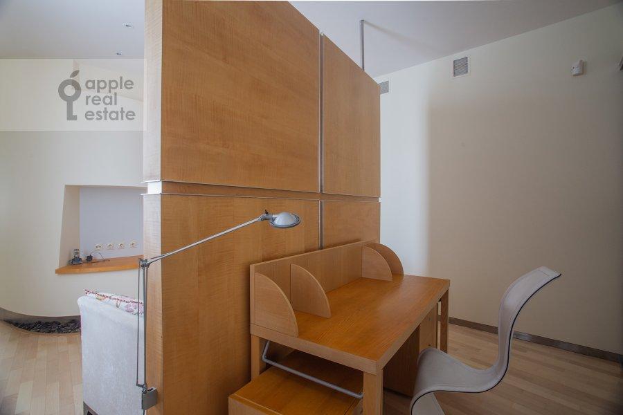 Детская комната / Кабинет в 4-комнатной квартире по адресу Бахрушина 19С2