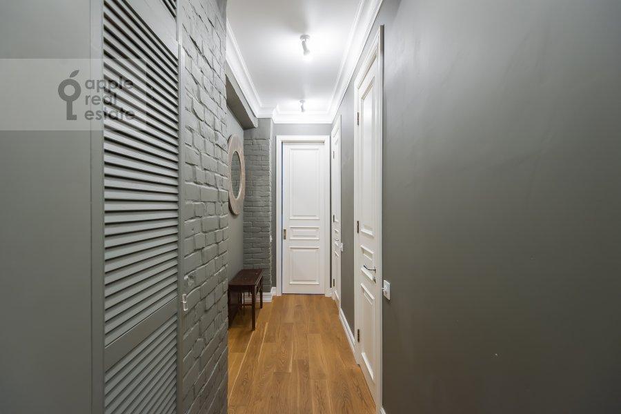 Corridor of the 3-room apartment at Staraya Basmannaya ulitsa 20k12