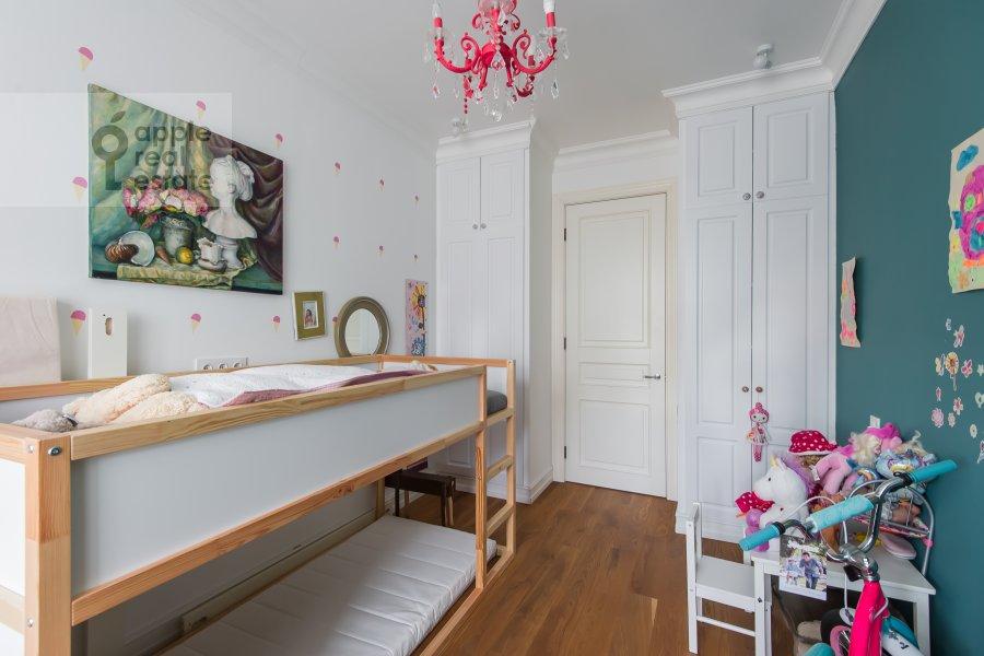 Children's room / Cabinet of the 3-room apartment at Staraya Basmannaya ulitsa 20k12