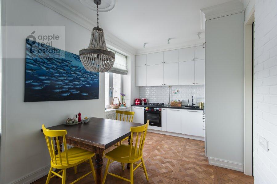 Kitchen of the 3-room apartment at Staraya Basmannaya ulitsa 20k12