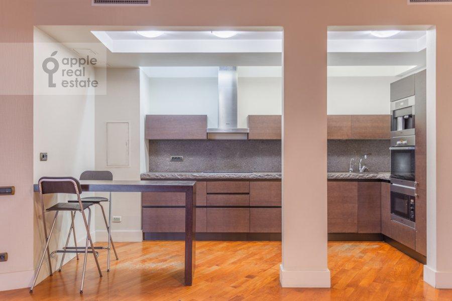 Kitchen of the 4-room apartment at 7-y Rostovskiy pereulok 15