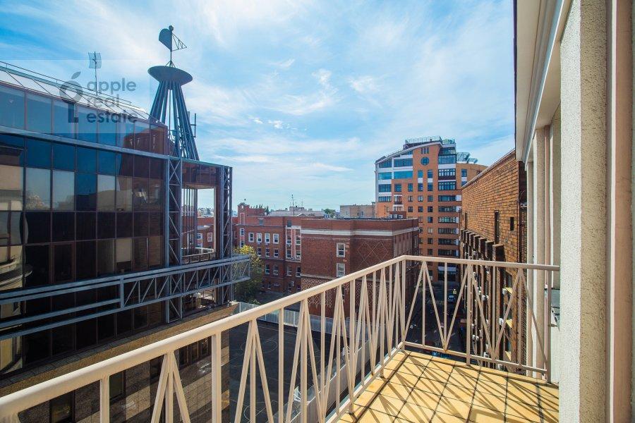 Балкон / Терраса / Лоджия в 3-комнатной квартире по адресу Большой Гнездниковский переулок 3