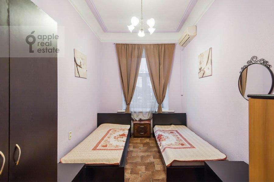 Children's room / Cabinet of the 5-room apartment at Gogolevskiy bul'var 33/1