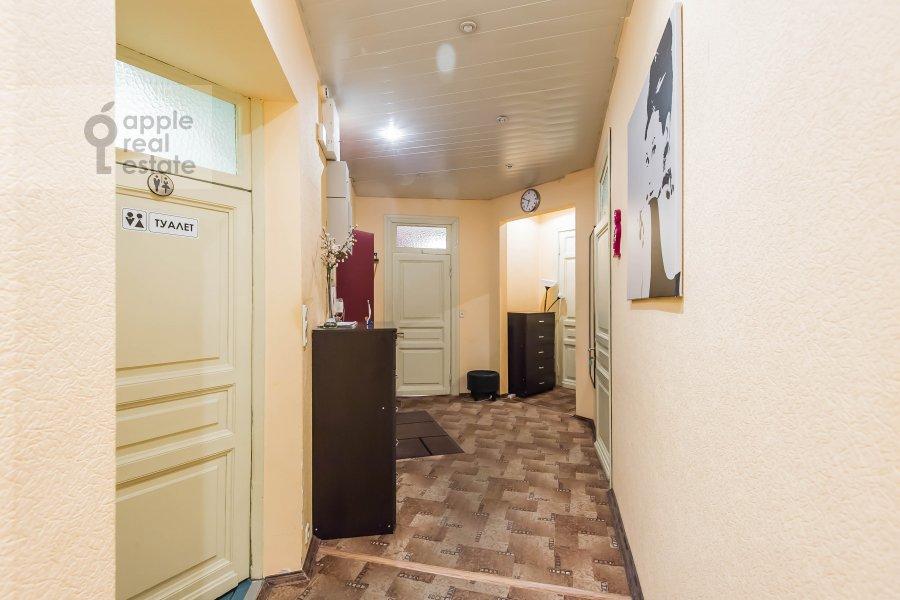 Corridor of the 5-room apartment at Gogolevskiy bul'var 33/1