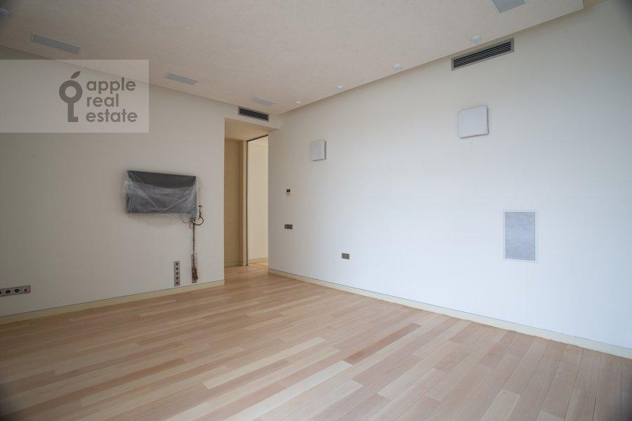 Спальня в 5-комнатной квартире по адресу Молочный переулок 1