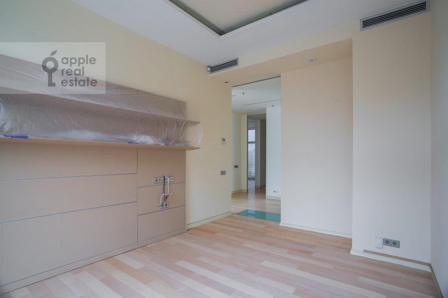 Детская комната / Кабинет в 5-комнатной квартире по адресу Молочный переулок 1